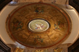 Karlskirche – a special place in #Vienna - dome in a dome