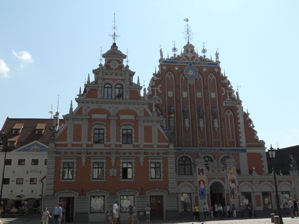 Rooftop ornaments association in riga travel moments in time - Mobeltown berlin ...