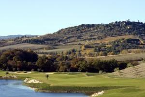 Saturnia golf