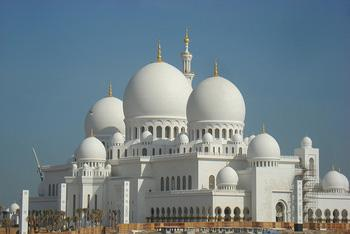 ... of concrete, 7000 foundation piles), a great experience in Abu Dhabi