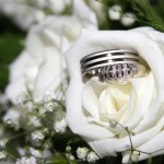 marriage rings- white rose