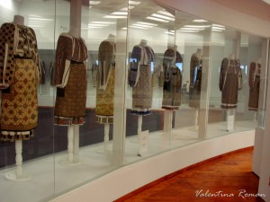 Romanian Traditional Costume Museum 04