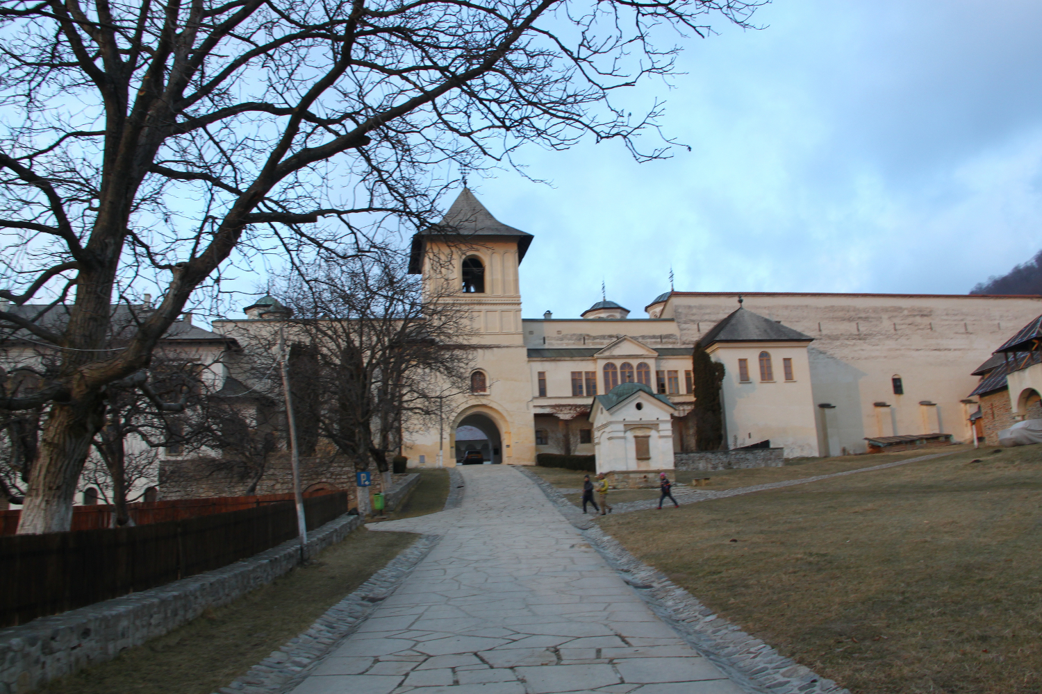 Hurezi Monastery towards entry 2