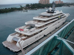 Eclipse docked in Nassau - Wikipedia