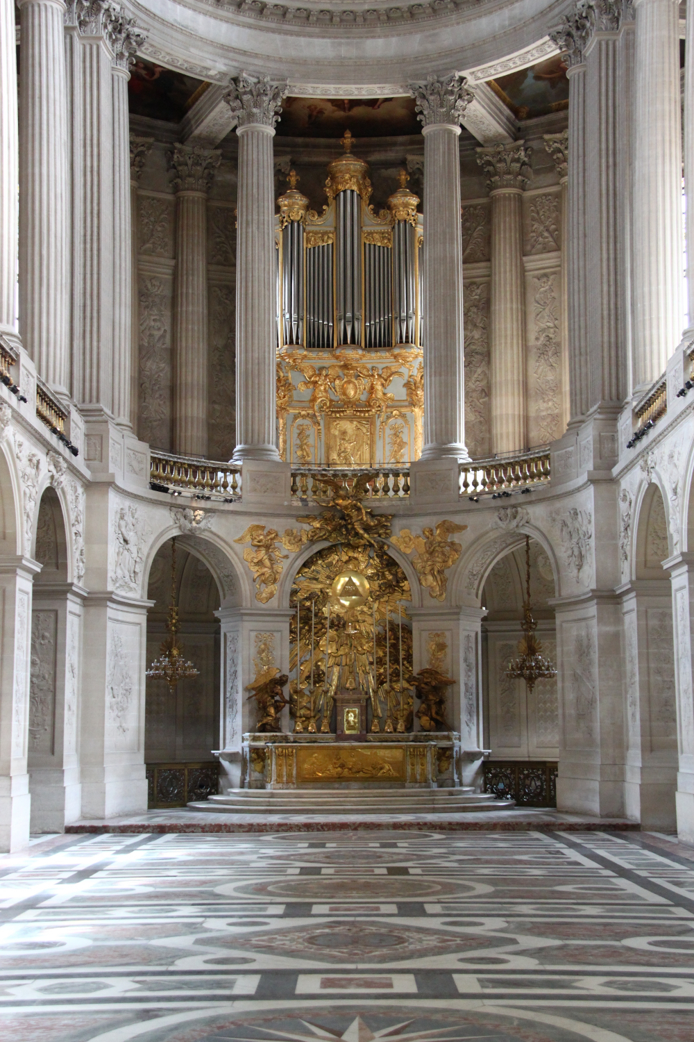 Palace of Versailles organ