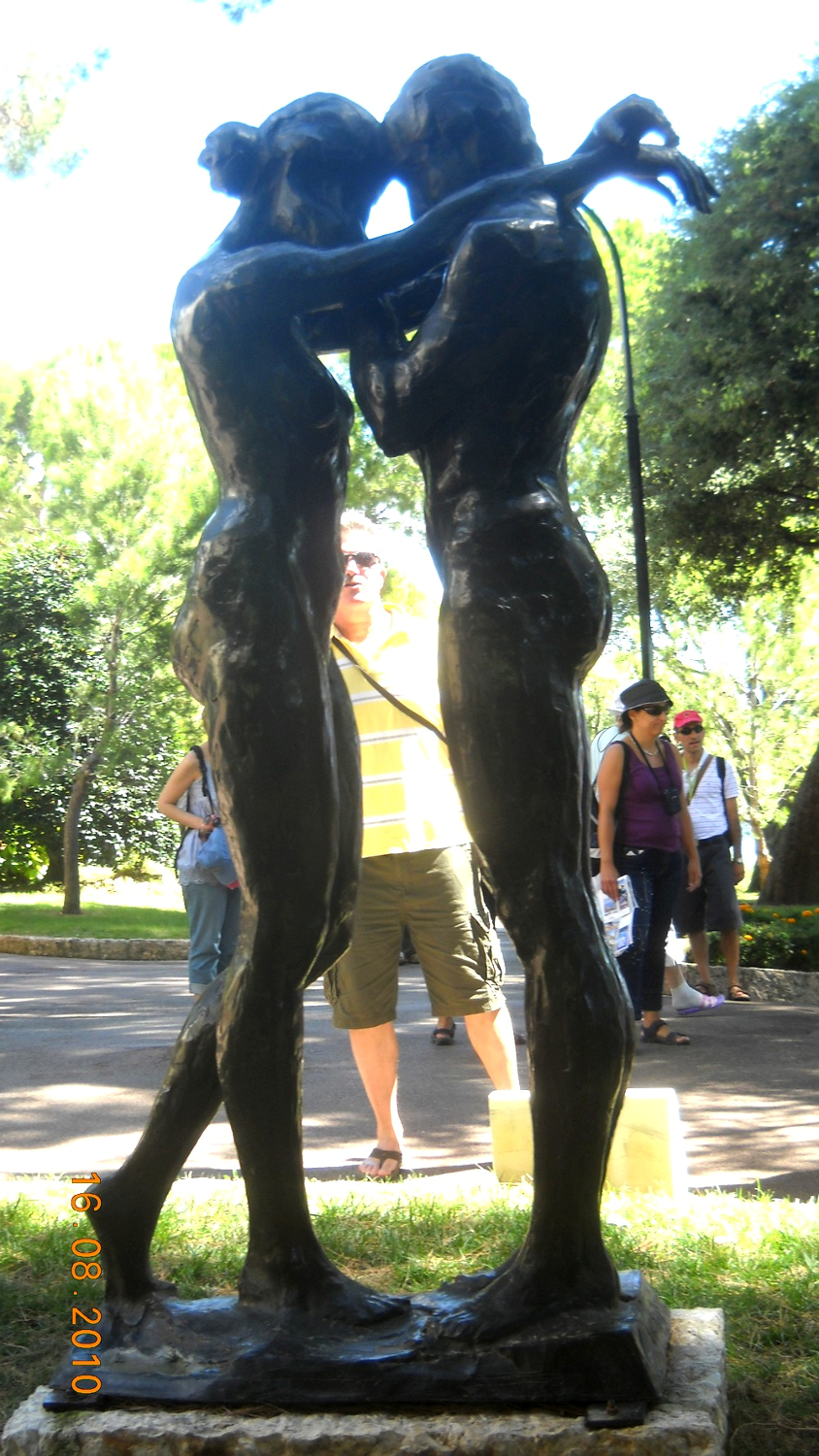 Lovely Statues In Monaco Travel Moments In Time Travel