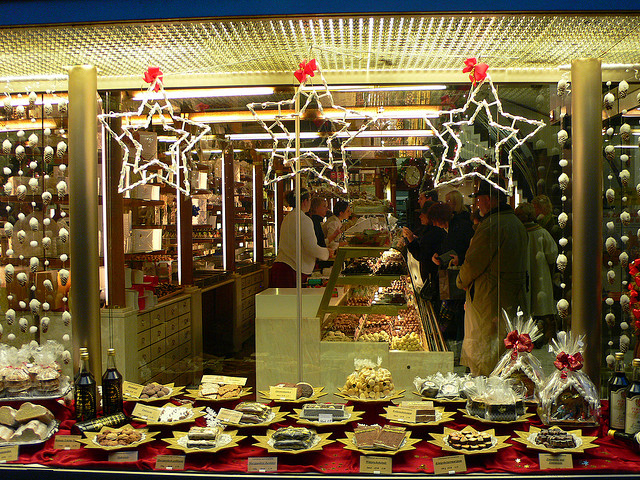 iCake Shop in Munich at Christmas
