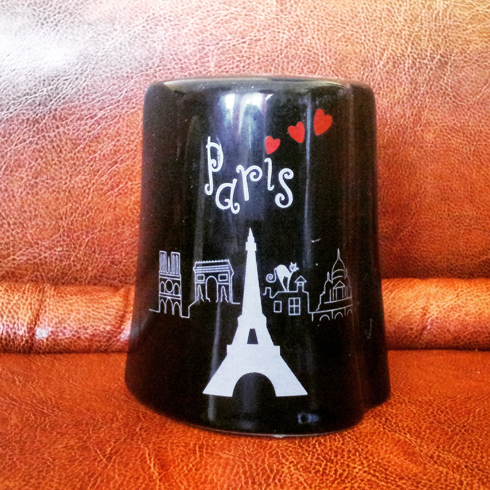 Pepper support from Paris