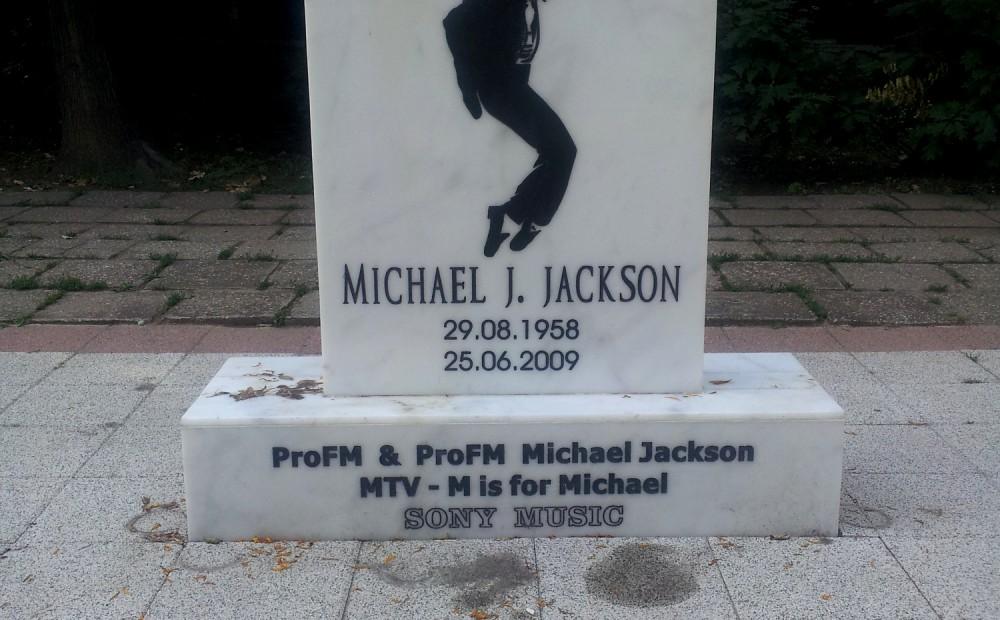 Monument dedicated to Michael Jackson in Herastrau Park, Bucharest