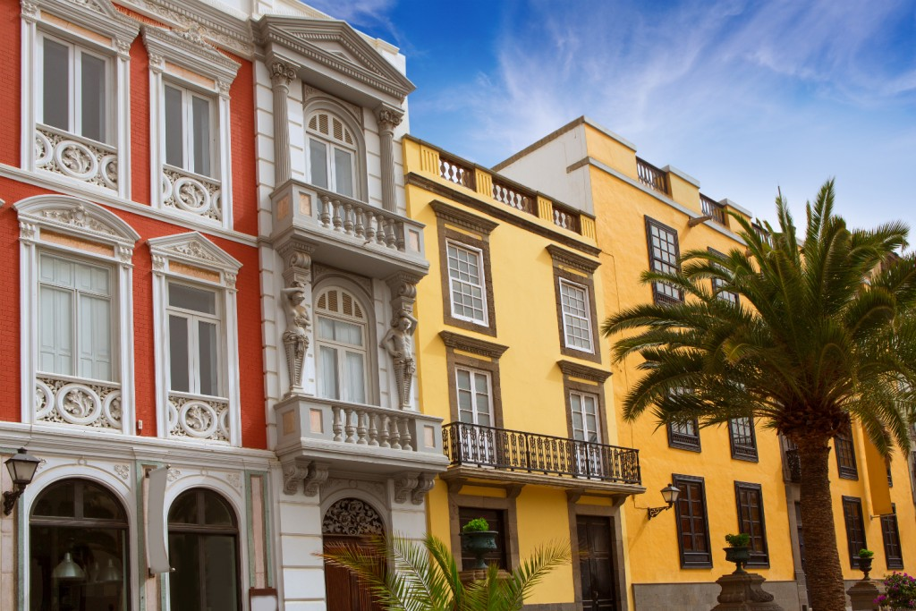 Grand Canaria - Vegueta, colonial house facades