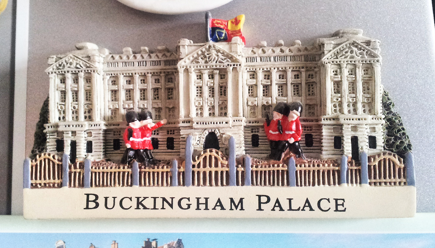 Buckingham Palace - fridge magnet