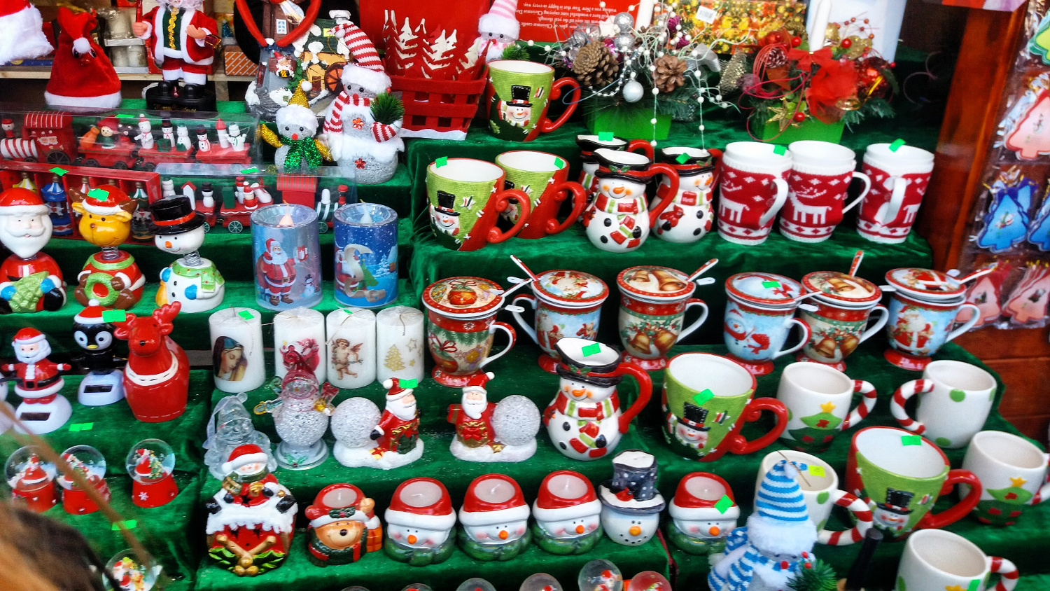 Bucharest Christmas Market - mugs