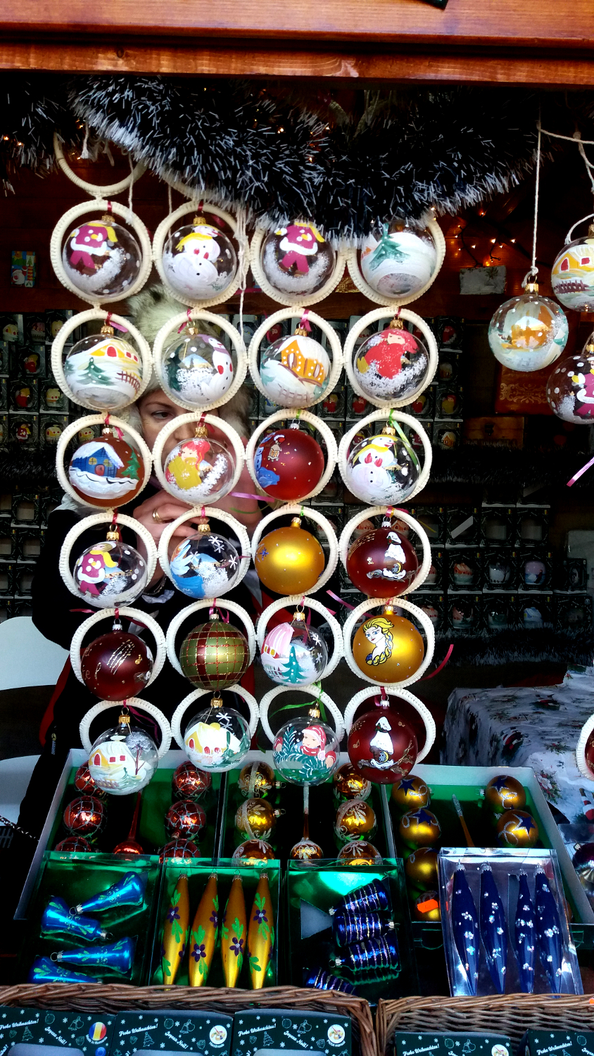 Bucharest Christmas Market - Christmas decorations