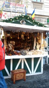Bucharest Christmas Market - wooden products. Discover tips for visiting Bucharest Christmas markets, the best Christmas market in Bucharest #christmas #bucharestchristmasmarket #bucharestdecember #christmasmarket