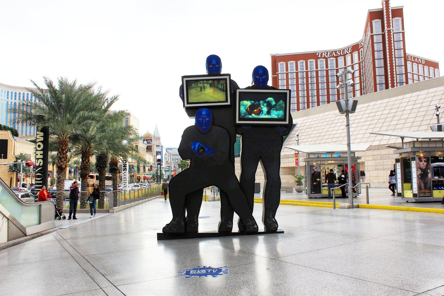 Blue men in Las Vegas