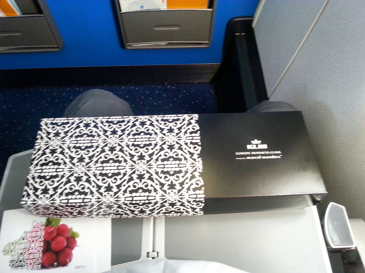Lunch in Business class on KLM Cityhopper1