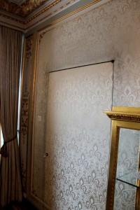 Primaverii (Spring) Palace, Ceausescu's private residence - secret door