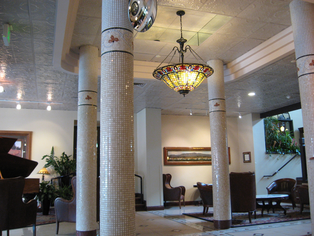 Hotel Denver Foyer