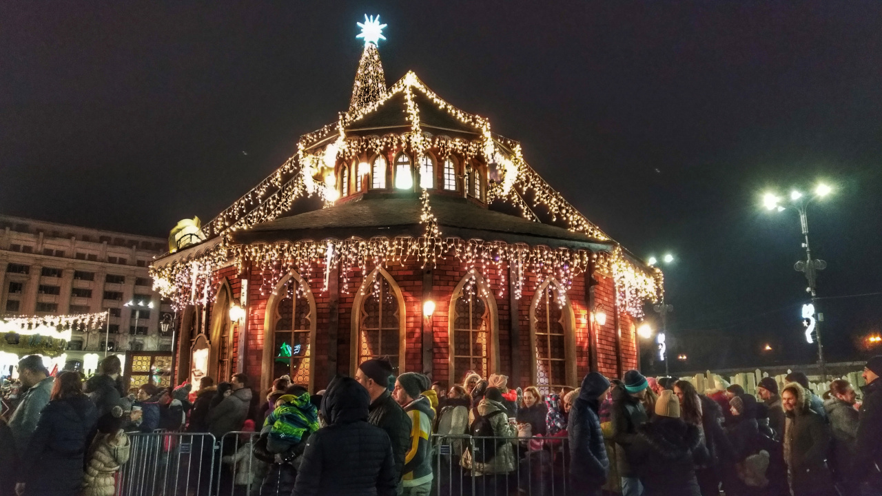 Bucharest Christmas Market - Santa's House. Discover the best things to do in Bucharest in December.