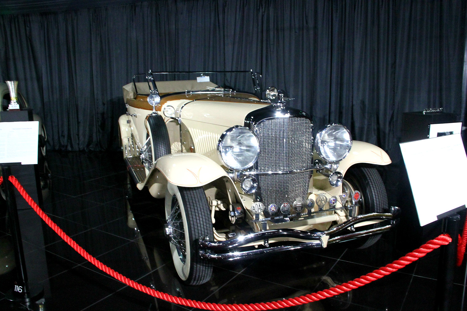 Duesenberg - Tiriac Collection