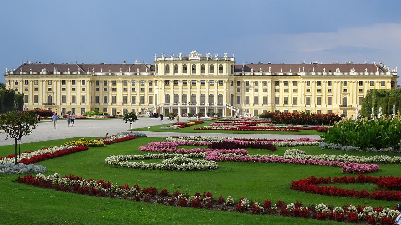 Schoenbrunn Palace, Vienna - Pixabay
