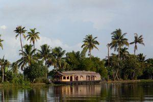 Kerala - Backwaters - Exploring India