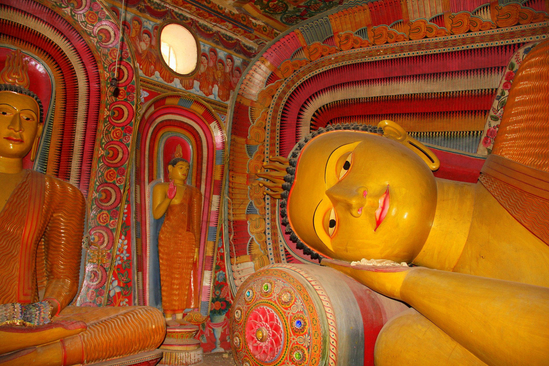 Sri Lanka - Sleeping Buddha Temple - pixabay