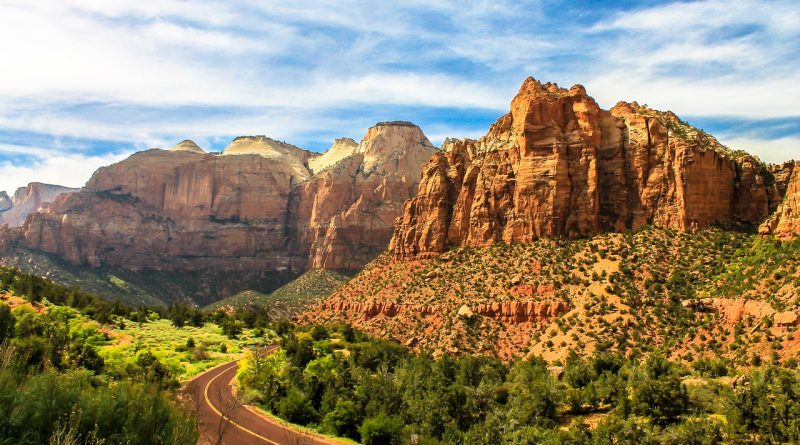 The 4 Best Road Trips in the Western United States