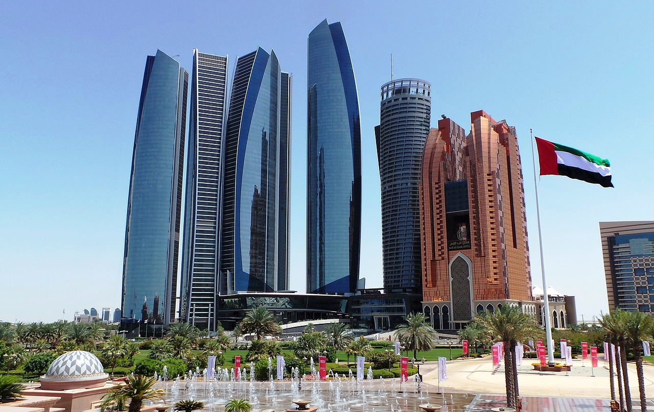 A local 39 s guide to abu dhabi uae travel moments in time for Architectural design companies in abu dhabi