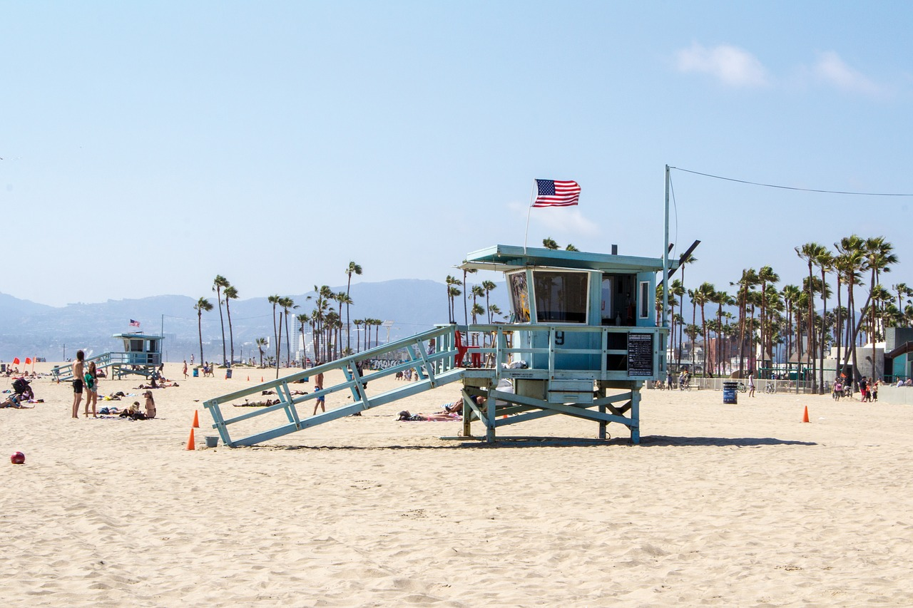 Beach - The ultimate guide to Los Angeles by a local