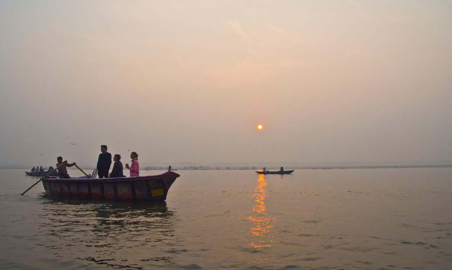 Varanasi - sunrise - boatride