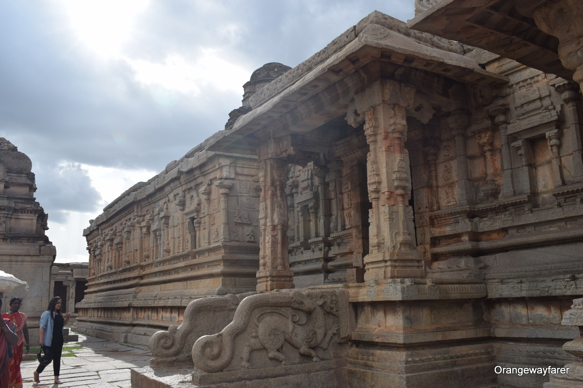 The ruins of Hampi in Karnataka, India. Read this article to learn the top 10 things to know before traveling to Indiatips from a local. #india #indiatips #asia #asiatravel