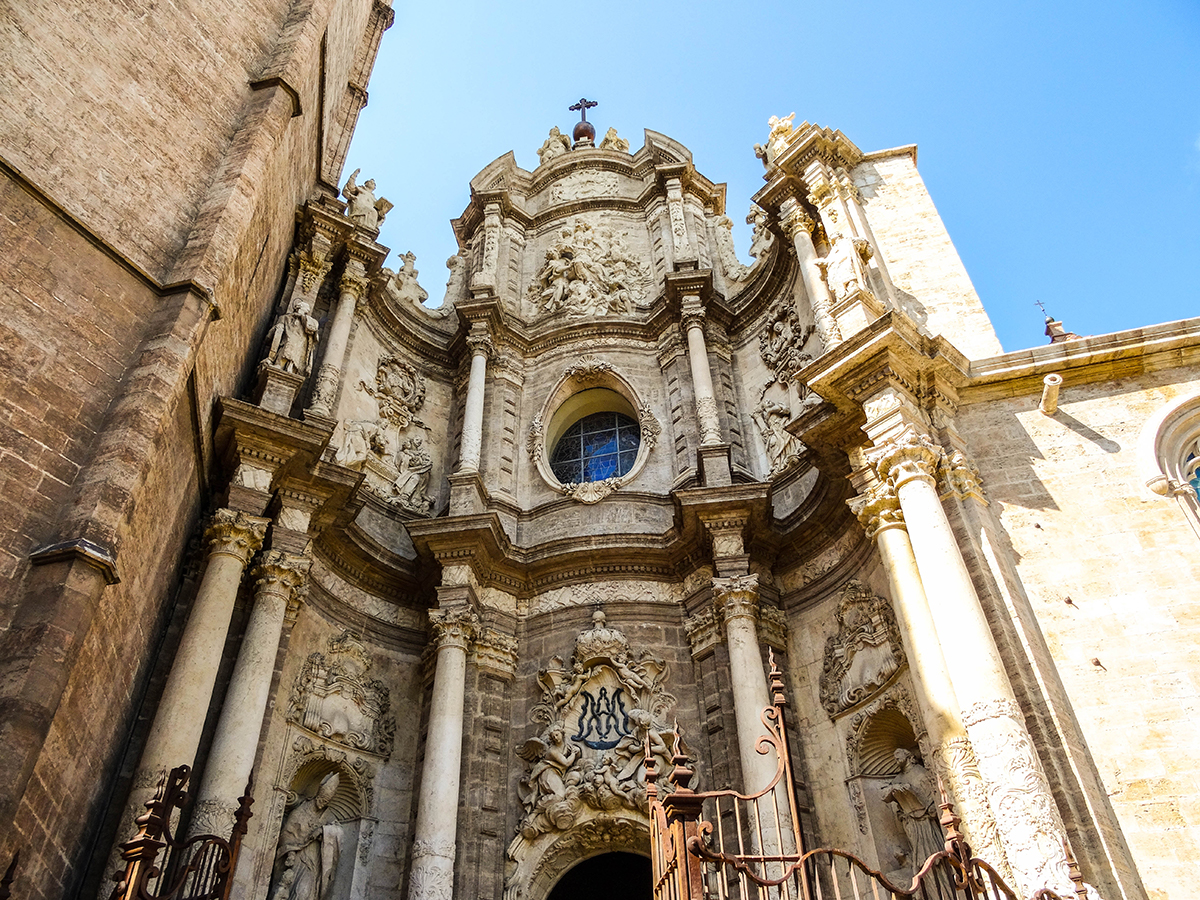 Valencia Cathedral, one of the must visit attractions in Valencia. Read this article to discover how to spend 2 days in Valencia Spain #valencia #spain #valenciaitinerary #valenciatravel #itineraryvalencia Photo by Would Be Traveller