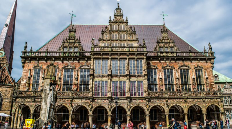 Bremen Rathaus (Town Hall), Germany. This is one of the most beautiful UNESCO World Heritage Sites in Europe. Discover more such popular heritages sites in Europe inside the article. #UNESCO #unescosites #unescositeseurope #europeunesco
