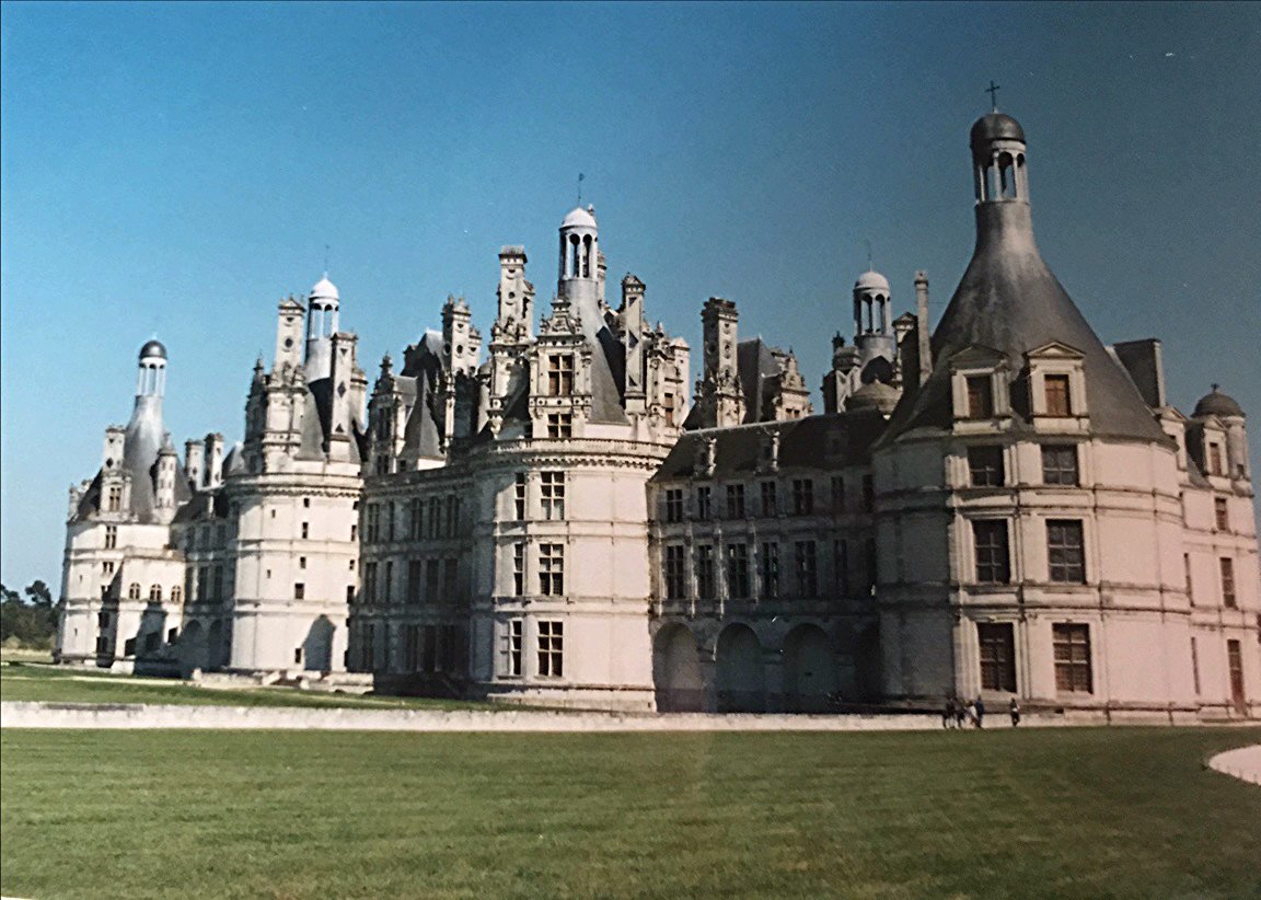 Chambord, one of the amazing castles of the Loire, France. Read this article and discover top UNESCO World Heritage Sites in Europe recommended by travel bloggers. #UNESCO #unescosites #unescositeseurope #europeunesco #franceunesco #France