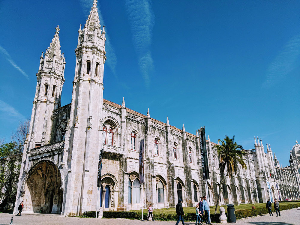 Jerónimos Monastery, Lisbon, Portugal is a UNESCO monument. Read this article and discover top UNESCO World Heritage Sites in Europe recommended by travel bloggers. #UNESCO #unescosites #unescositeseurope #europeunesco #portugalunesco #portugal
