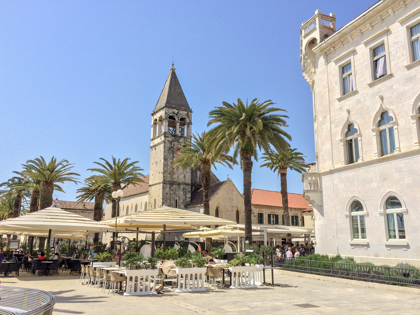 Trogir, Croatia is a UNESCO World Heritage Site in Europe that you should include on your European travel itinerary. Read the article to discover more UNESCO monuments in Europe and UNESCO sites in Europe. #UNESCO #unescosites #unescositeseurope #europeunesco #croatiaunesco #croatia