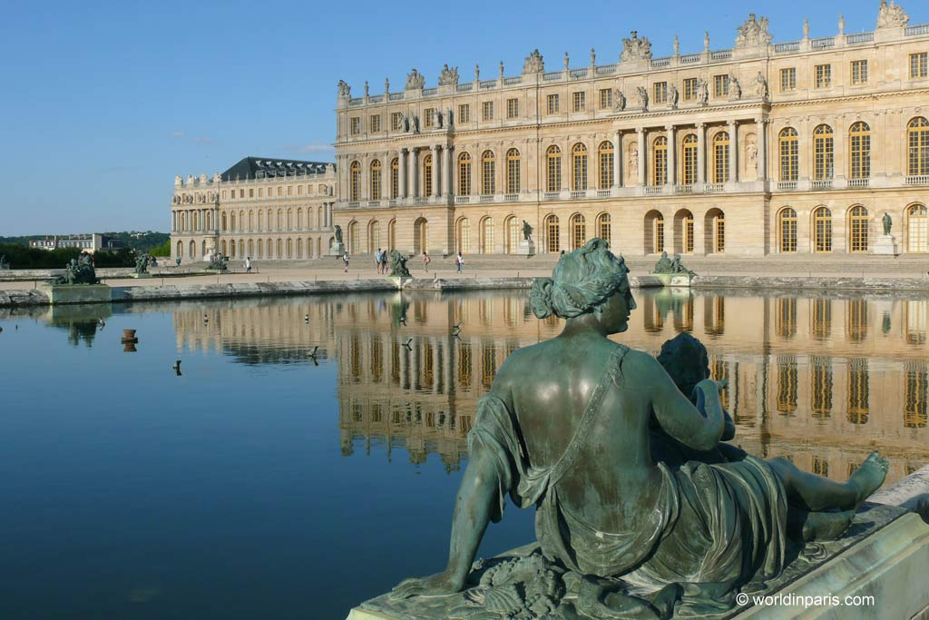 The beautiful Versailles, France is a beautiful UNESCO Heritage Site in Europe. Discover more amazing world heritage sites in Europe from this article. #UNESCO #unescosites #unescositeseurope #europeunesco #franceunesco #france