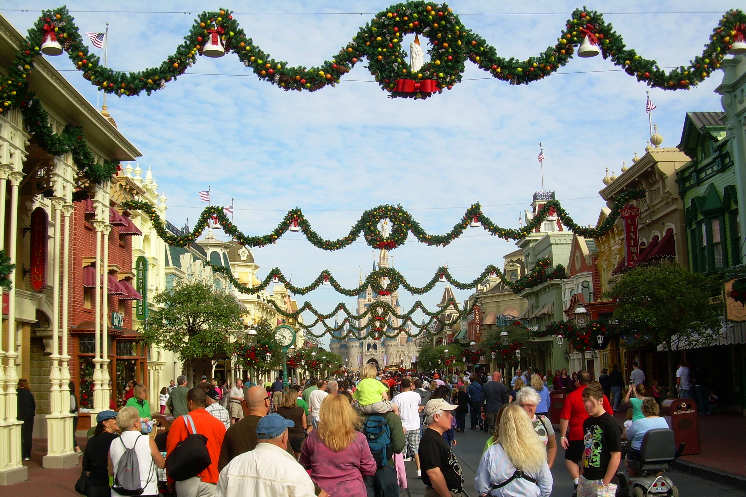 Christmas at Disney World, USA - This is one of the best alternative Christmas getaways. Read the article to discover more unique Christmas destinations. #christmas #christmasdestinations #christmasholidays #christmastrips #uniquechristmas #unusualchristmas #alternativechristmas
