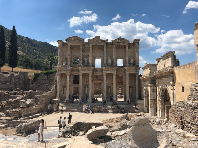 Ephesus, Turkey has one of the best UNESCO monuments in Europe. Read the article to discover more natural sites in Europe, and a list of world heritage in Europe to add to your bucket list. #UNESCO #unescosites #unescositeseurope #europeunesco #turkeyunesco #turkey
