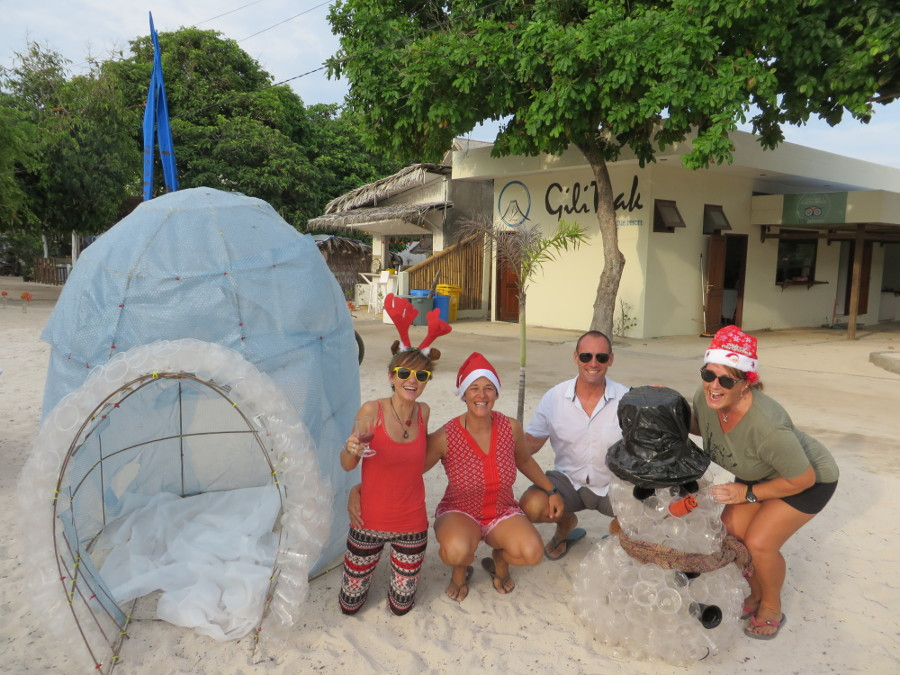 Christmas in Gili Air, Indonesia - This is one of the best alternative Christmas getaways. Read the article to discover more unique Christmas destinations. #christmas #christmasdestinations #christmasholidays #christmastrips #uniquechristmas #unusualchristmas #alternativechristmas