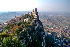 San Marino has one of the best UNESCO heritage sites in Europe. Read the article to discover more natural sites in Europe, and a list of world heritage in Europe to add to your bucket list. #UNESCO #unescosites #unescositeseurope #europeunesco #sanmarinounesco #sanmarino