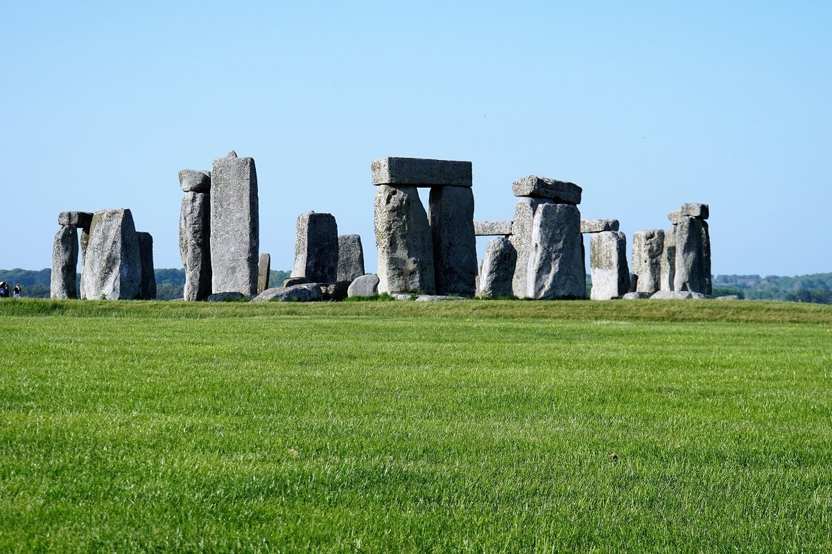 Stonehenge, UK is one of the best UNESCO monuments in Europe. Read the article to discover more natural sites in Europe, and a list of world heritage in Europe to add to your bucket list. #UNESCO #unescosites #unescositeseurope #europeunesco #ukunesco #uk