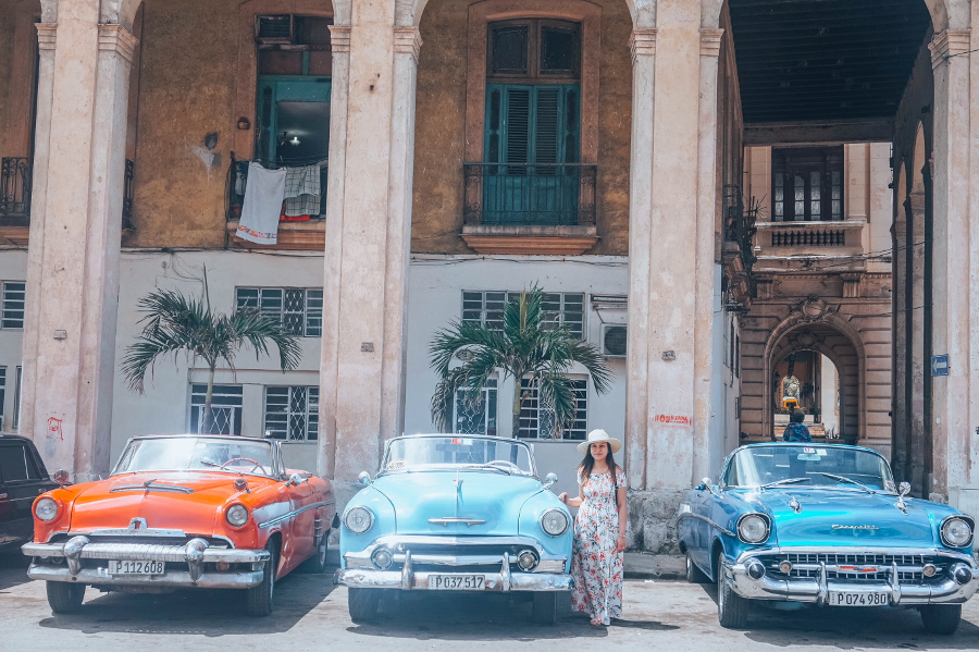 Havana - Classic Car Ride. Discover all you need to know about traveling to Cuba, Cuba currency, Cuba accommodation, Cuba tips, and Cuba attractions. #cubatips #cubafacts #havanatips #havanafacts #cubathingstoknow