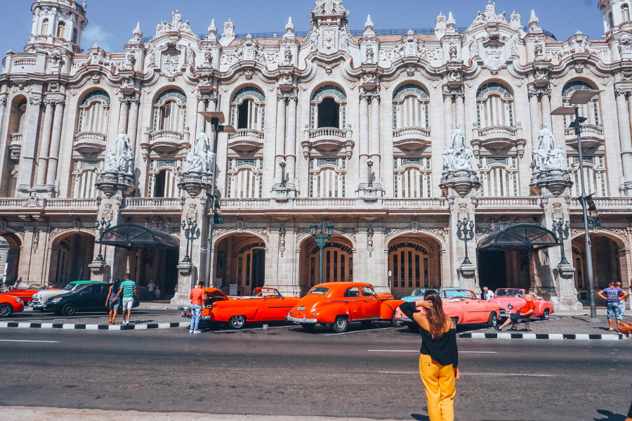 Gran Theatre of Havana - one of the Cuba points of Interest and top attractions in Havana. The top 10 things to know before traveling to Cuba #cubatips #cubafacts #havanatips #havanafacts #cubathingstoknow