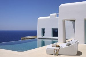 Mykonos villas - discover where to stay in Mykonos and what to do in Mykonos. #mykonos #greece