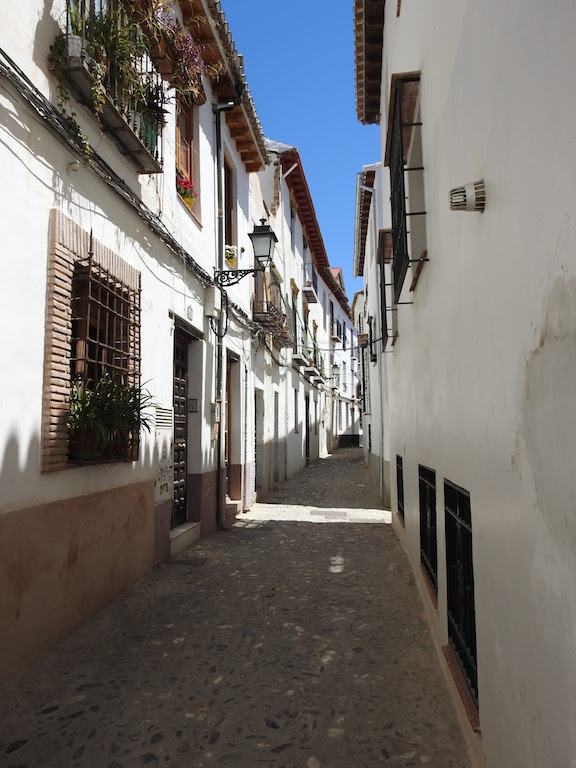 The Moorish Old Town of Albaicin, Granada, Spain. Read this 3-day itinerary for Granada, Spain and discover the best things to do in Granada on your first visit. #granada #granadaitinerary #granadatravel #granadaspain #granadaguide #spaintravel