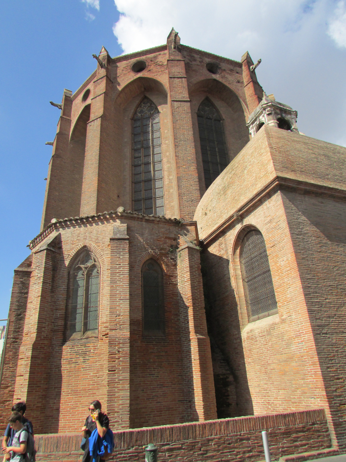 The Church of Jacobins is one of the top things to see in Toulouse. Discover more in this article. #toulouse #toulouseguide #toulousefrance #toulouseitinerary