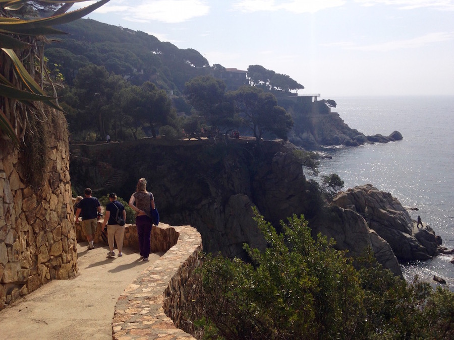 A romantic vacation in Costa Brava should be on your list. Discovr 43 great vacation ideas for couples from this article. #romanticeurope #europe #valentinesday #love #citybreakseurope #romanticdestinations
