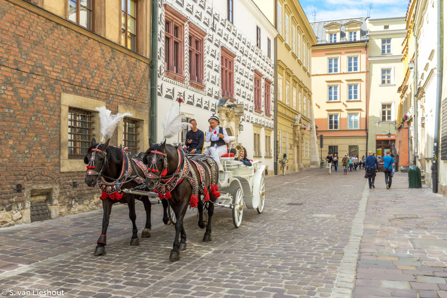 Krakow, Poland is a great romantic destination in Europe. Read this article and see 43 romantic places to visit in Europe with your loved one. #romanticeurope #europe #valentinesday #love #citybreakseurope #romanticdestinations